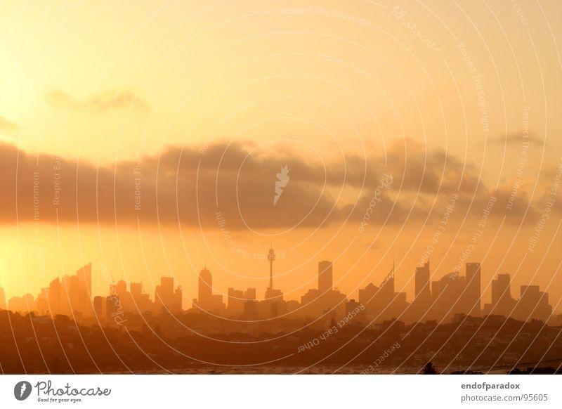 sydney Stadt Australien Sydney Sonnenuntergang Sommer Hochhaus Himmel Ferien & Urlaub & Reisen Dämmerung Wolken Fernweh Physik Skyline oz dusk cloud sky orange