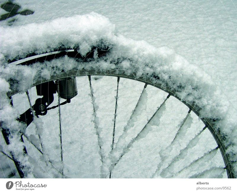 Bike In Snow Fahrrad cold ventiel