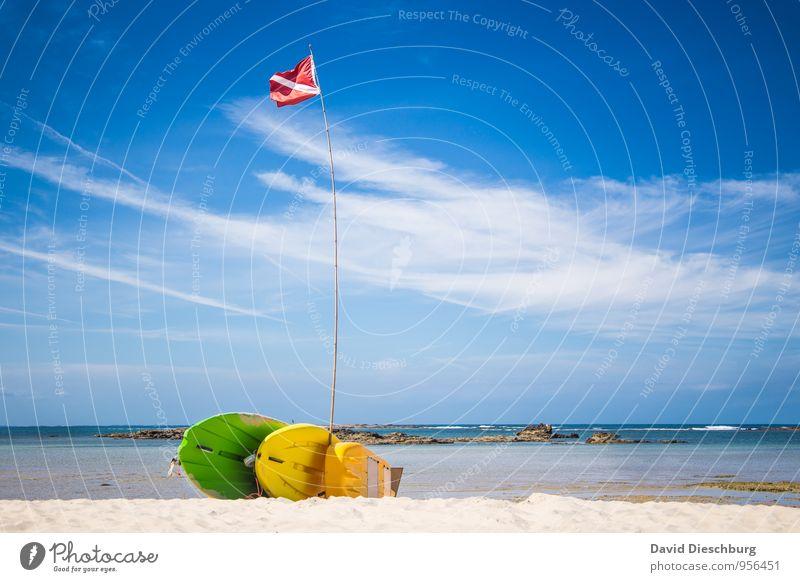 Where is Mr. Haselnuss? Himmel Natur Ferien & Urlaub & Reisen blau grün weiß Wasser Sommer Erholung Meer rot Wolken Strand Ferne gelb Küste