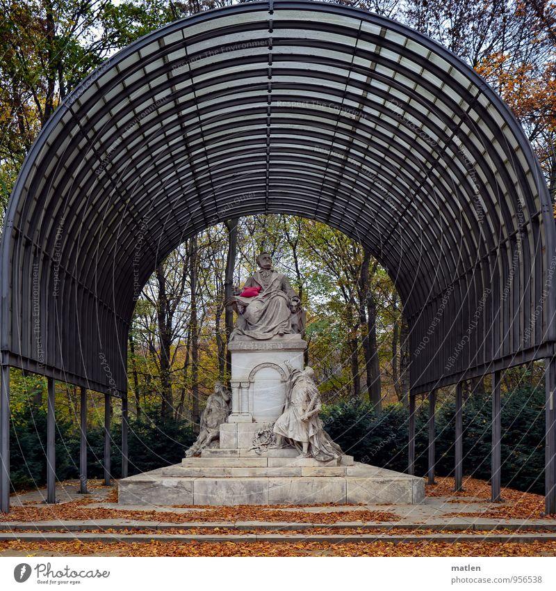 R.Wagners Kissen Kunst Skulptur Pflanze Himmel Wolken Herbst Wetter Schönes Wetter Baum Park Hauptstadt Menschenleer Treppe Wahrzeichen warten blau braun