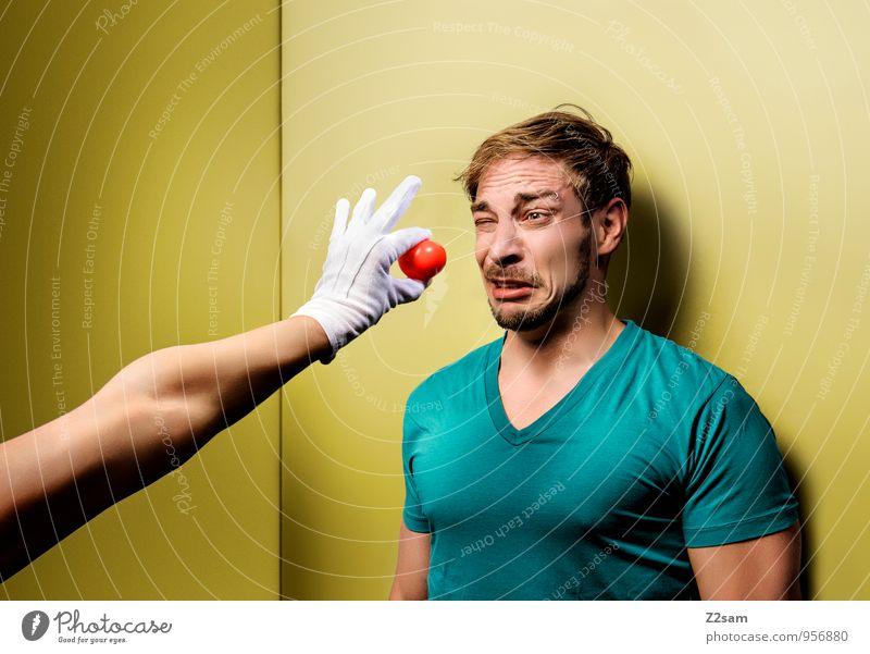 Autsch! Freude maskulin Junger Mann Jugendliche 30-45 Jahre Erwachsene T-Shirt blond Konflikt & Streit frech lustig mehrfarbig gelb grün Schmerz Neid