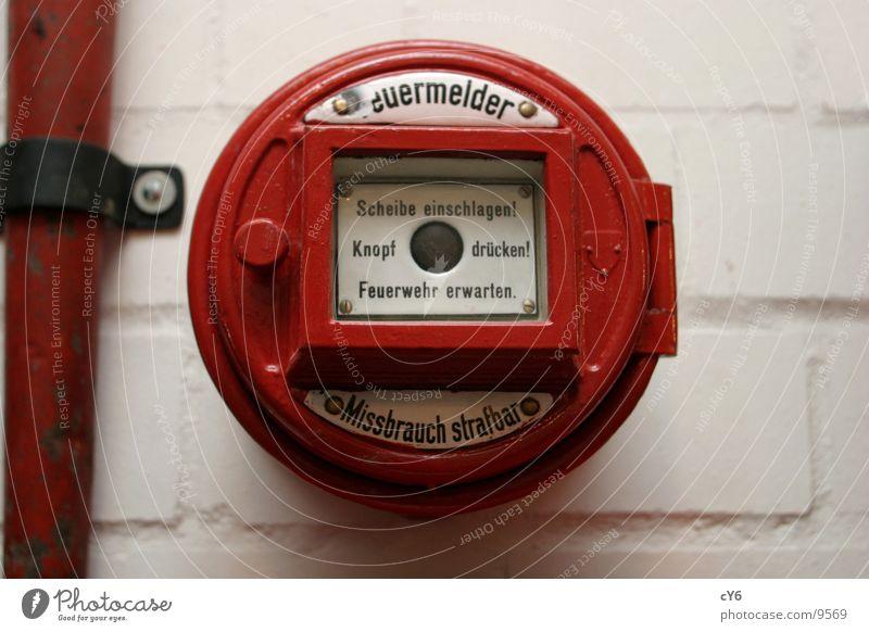 Feuermelder rot Brand Technik & Technologie Desaster Fensterscheibe Knöpfe Elektrisches Gerät