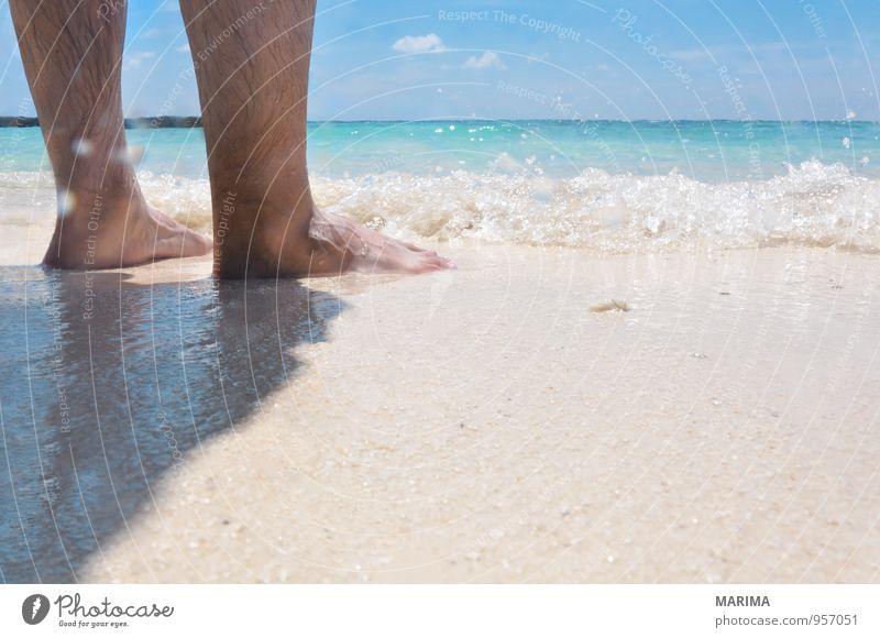 man takes a beach walk exotisch Erholung ruhig Ferien & Urlaub & Reisen Strand Meer Mensch Natur Sand Wasser Fußspur gehen blau türkis weiß Asien Barfuß
