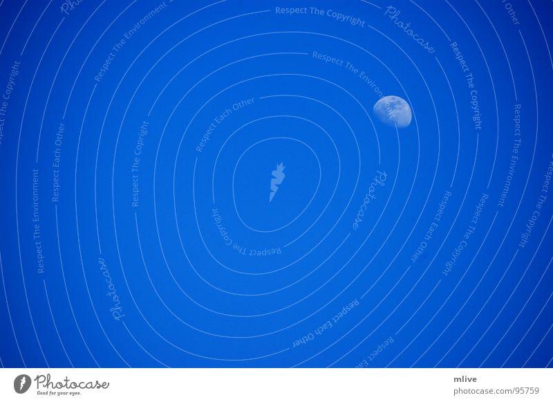 the spot Himmel blau Ferne glänzend Wetter Kreis München Punkt Mond Schönes Wetter Planet Himmelskörper & Weltall abnehmend