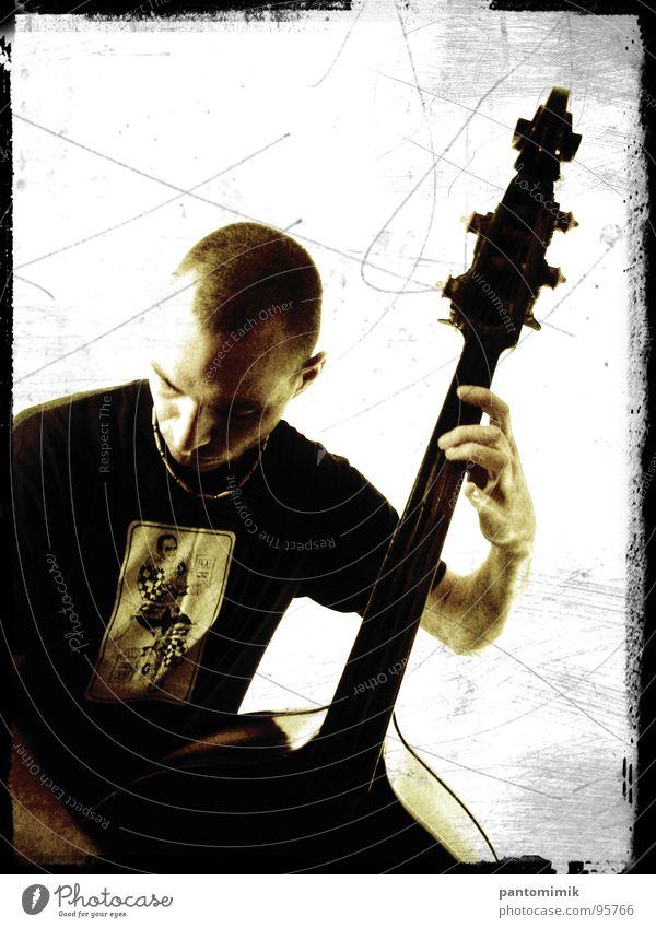 Spaceman Jazz Gefühle Konzentration Konzert Musik Kontrabass Silhouette Musician Sepia Man