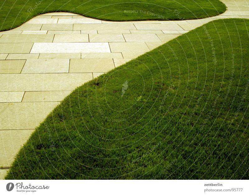 Bundeskanzler Bundeskanzler Amt Spreebogen Grünfläche Wiese Gras Geometrie Linearität abstrakt Design obskur Mitte Regierungssitz Rasen landschaftsbau Freiheit