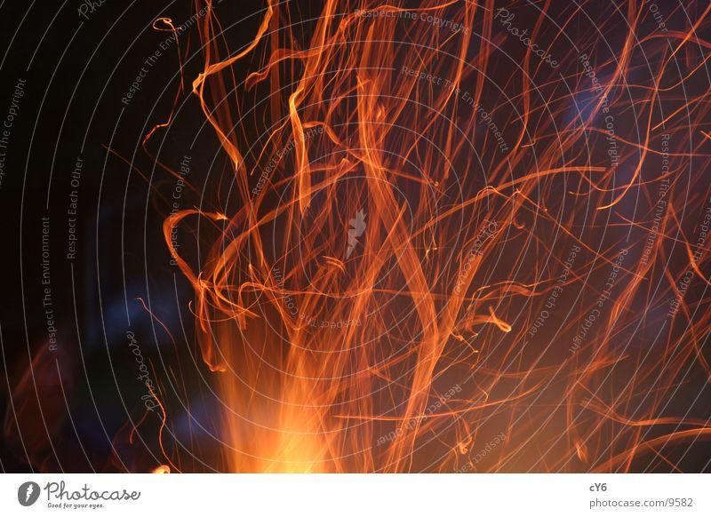 Lagerfeuer Holz Brand Freizeit & Hobby Flamme Feuerstelle Funken Brandasche Glut