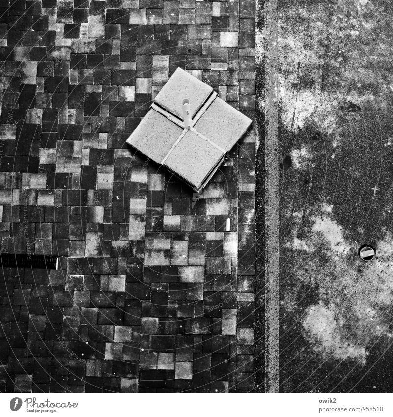 Curling für Anfänger Terrasse Bodenplatten Stein Beton dreckig einfach fest trist unten Ständer Regenschirmständer Terrakotta Fliesen u. Kacheln Geometrie