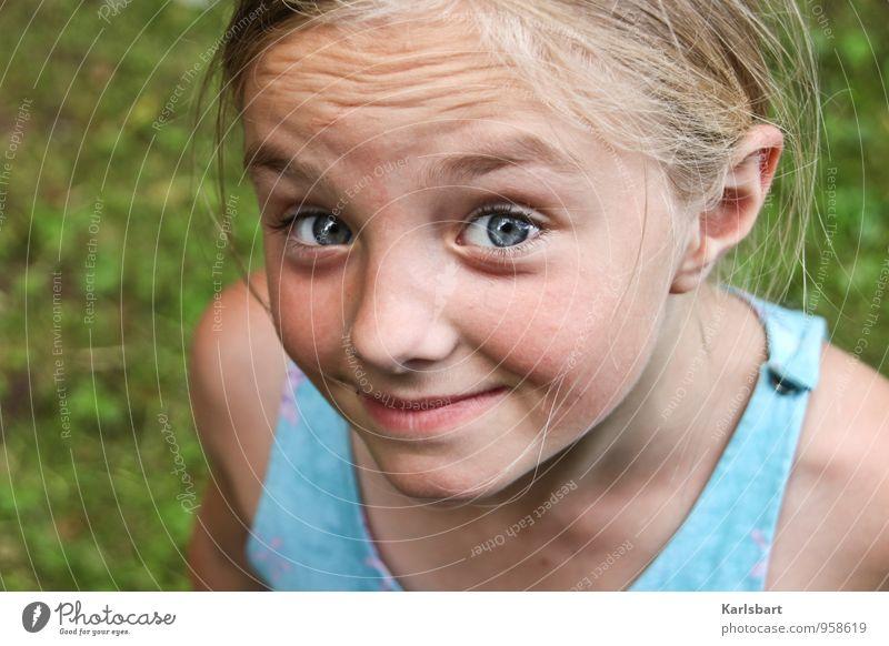 Wenn ich dir jetzt sagen würde, was ich wirklich denke Mensch Kind Natur Sommer Freude Mädchen Bewegung feminin Spielen Glück Gesundheit Garten Kopf Schule