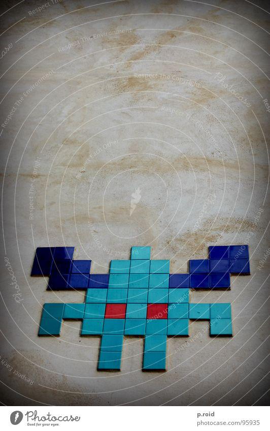 space invaders. Tier Wand Spielen Graffiti Computerspiel Schilder & Markierungen Bild Fliesen u. Kacheln fließen Außerirdischer Wandmalereien old-school