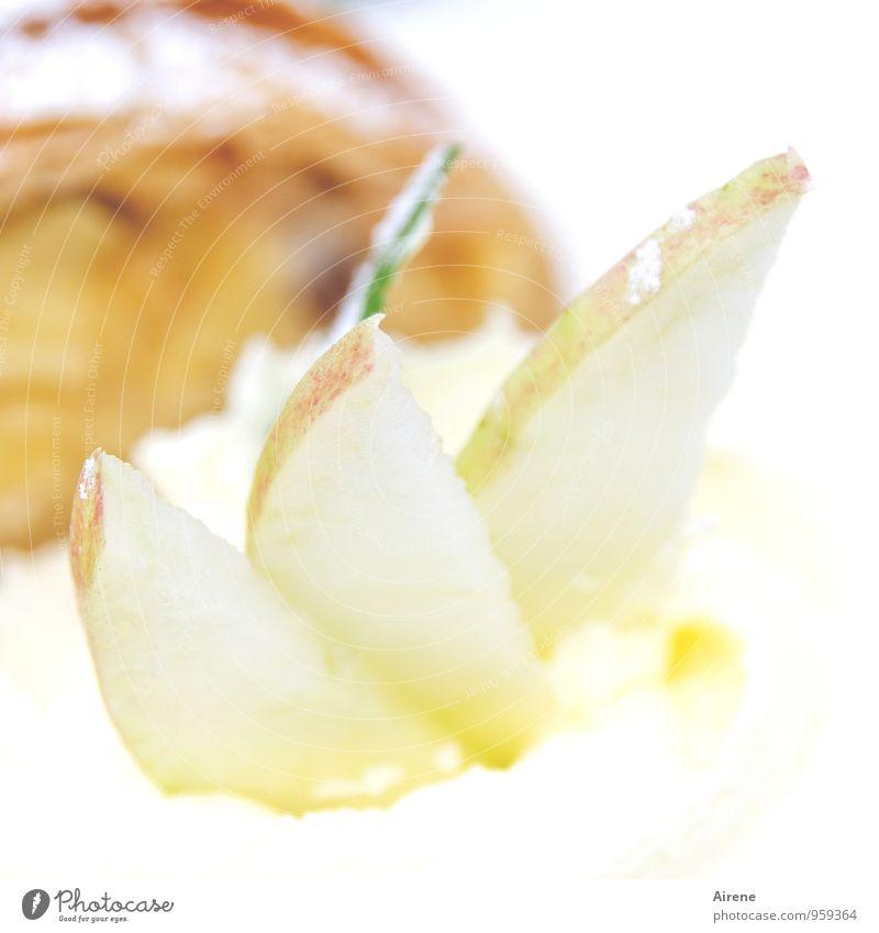 Apfeldiät weiß Essen gold Ernährung genießen süß lecker Kuchen Dessert Sahne Vegetarische Ernährung Feinschmecker Völlerei Milcherzeugnisse verschwenden