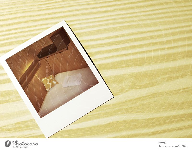 über Nacht ist plötzlich alles anders. warm und süß Dienstleistungsgewerbe Polaroid Lautsprecher Entertainment Kissen Seemann Handtuch Schlafzimmer Möbel