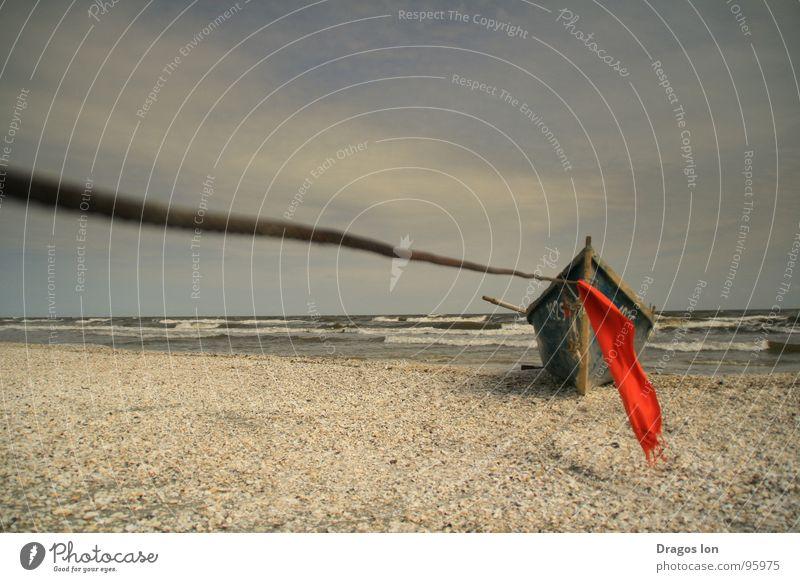 Moorage Strand Himmel Kunst Kunsthandwerk Boat red waves sky cable craft