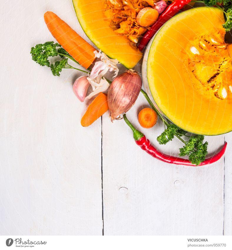 Kürbis Suppe Zutaten auf weißem Holztisch Natur Stil Hintergrundbild Garten Lebensmittel Design Ernährung Kräuter & Gewürze Gemüse Bioprodukte Diät Mittagessen