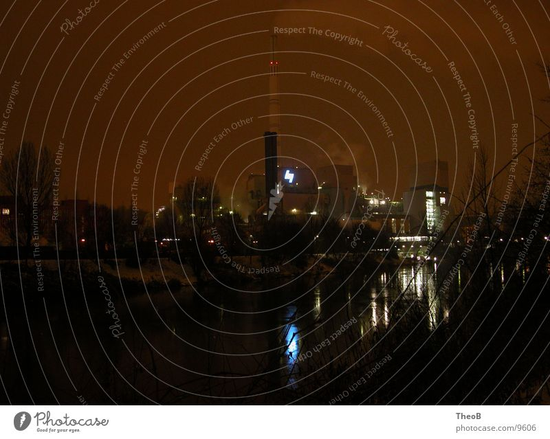 Industrie Nacht Reflexion & Spiegelung Stromkraftwerke orange Wasser