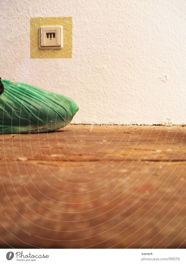 Gummifuß weiß Farbe Holz Fuß braun Schuhe Horizont Bodenbelag Dekoration & Verzierung Schutz Flur Hülle Telekommunikation