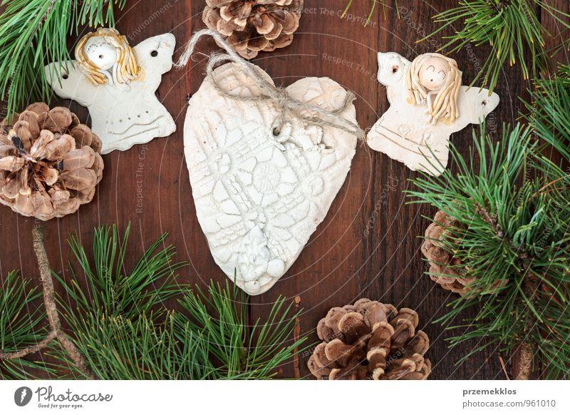 Weihnachtsdekoration Lifestyle Dekoration & Verzierung Holz Ornament Herz Engel authentisch einzigartig natürlich braun grün Tradition Dezember gebastelt