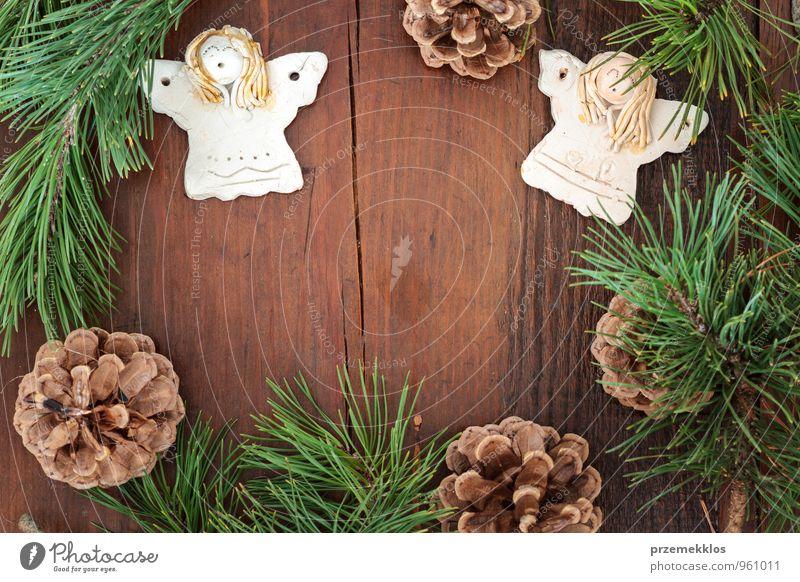 grün natürlich Hintergrundbild Holz Lifestyle Feste & Feiern braun Dekoration & Verzierung Textfreiraum authentisch einzeln Herz Geschenk einzigartig