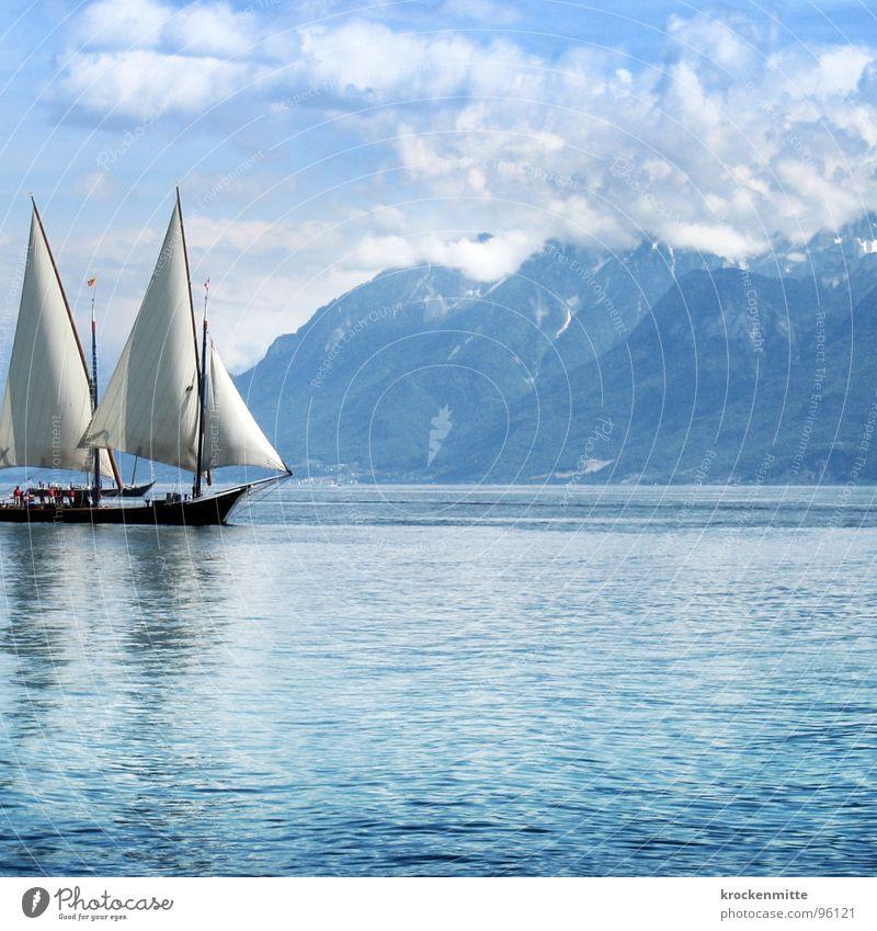 Kurs halten blau Wasser Wolken ruhig Erholung Berge u. Gebirge See Wasserfahrzeug Wellen Wind Freizeit & Hobby Schweiz Schifffahrt Segeln Segel Segelschiff