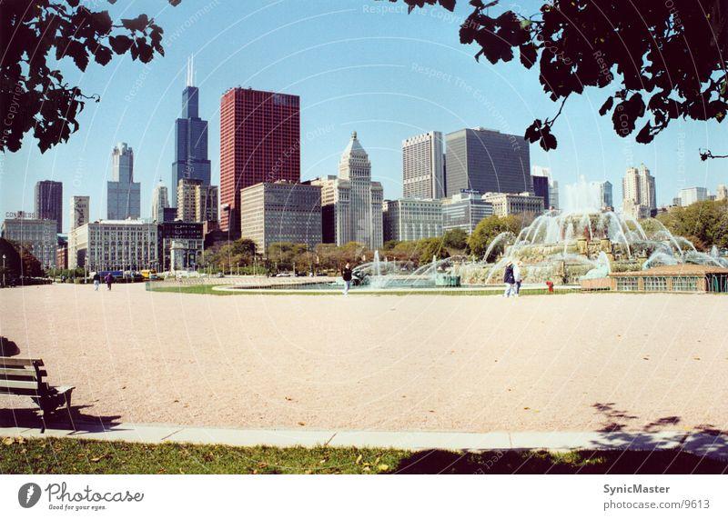 chicago fountain Hochhaus Platz Brunnen Skyline Amerika Springbrunnen Chicago