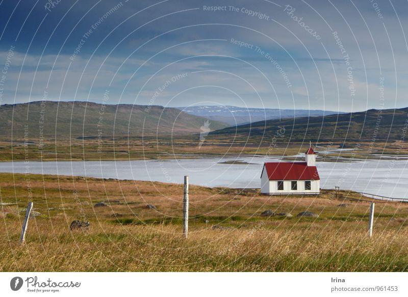 Einsame Westfjorde harmonisch Erholung ruhig Ferien & Urlaub & Reisen Abenteuer Freiheit wandern Natur Landschaft Sommer Bucht Fjord Island Menschenleer Kirche
