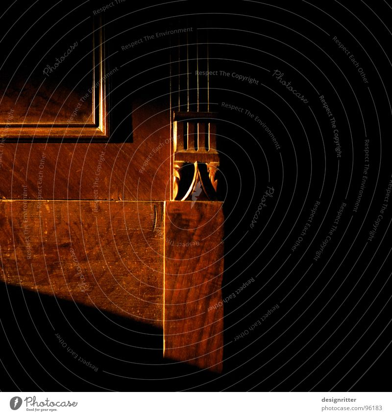 Tür in eine andere Welt alt Holz Dekoration & Verzierung geheimnisvoll Möbel verstecken antik Schrank Holzleiste Kleiderschrank