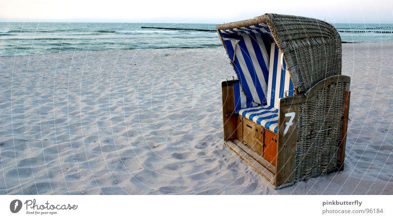 Eastcoast chillin'... :c) Meer Strandkorb Wellen braun Ferien & Urlaub & Reisen Zingst Wellness Streifen Korb Dämmerung Gefühle Wellengang Küste Sommer Sand