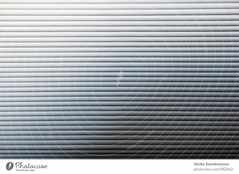 Alles so ... Innenarchitektur Möbel Schrank Rollladen Rollladenschrank Rollo Sichtschutz Büroeinrichtung Kunststoff modern grau Business Design Lamellenjalousie