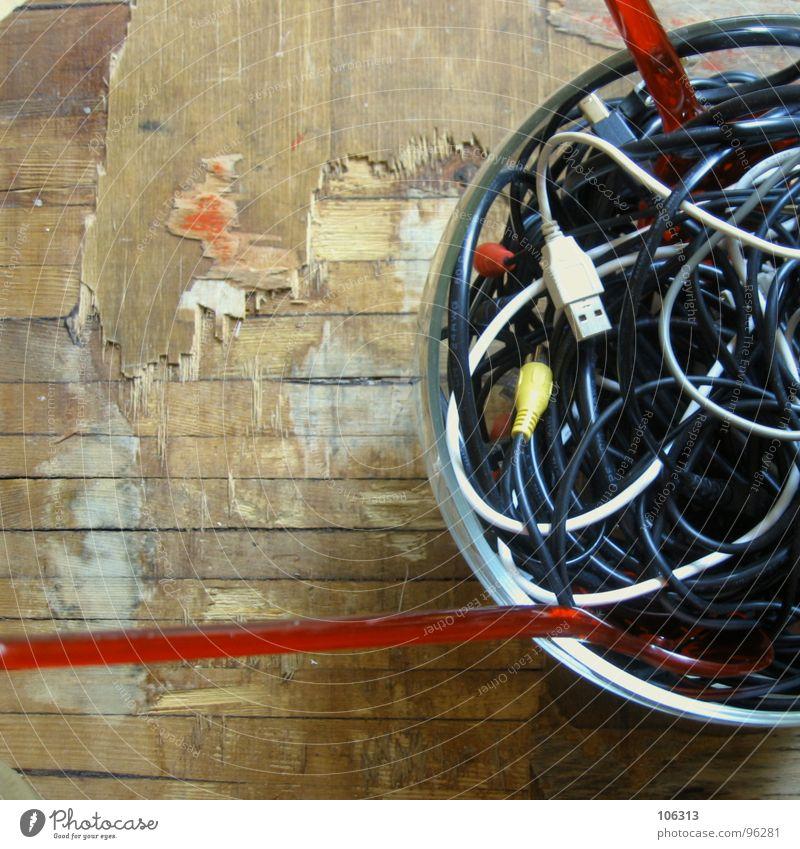GUTEN APPETIT: KABELSALAT [INTRO] alt weiß rot schwarz gelb Holz grau Musik Lebensmittel maskulin frisch Ernährung Tisch Finger Seil Schnur