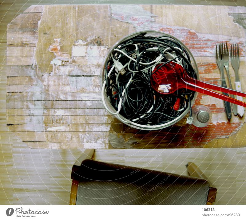 GUTEN APPETIT: KABELSALAT [1.AKT] alt schön weiß rot schwarz gelb Wege & Pfade grau Holz Lebensmittel maskulin Musik modern leer Platz frisch