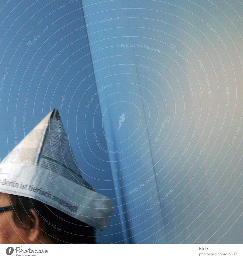 SCHIFFFAHRTSMÜTZE Mann blau weiß Ferien & Urlaub & Reisen Sommer Freude Wand Wärme Berlin Kopf Gebäude lustig Wasserfahrzeug Hintergrundbild Wohnung Coolness