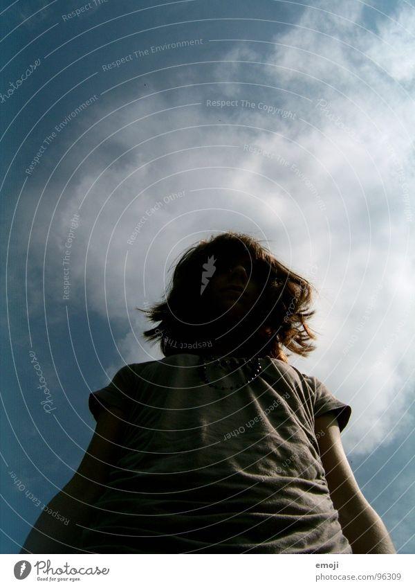 Wuschelkopf I Oberkörper Mensch Froschperspektive unten Langeweile Freude Silhouette Schatten Haare & Frisuren wuschel hair head Kopf wuschelhaare Himmel heaven