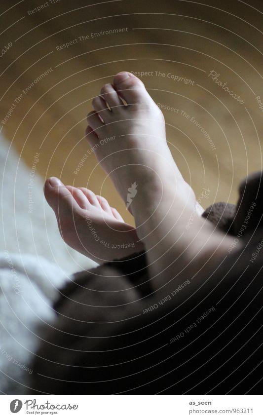 Relax Mensch Kind Ferien & Urlaub & Reisen Erholung ruhig Leben Schwimmen & Baden braun Fuß Wohnung Häusliches Leben Freizeit & Hobby Kindheit genießen