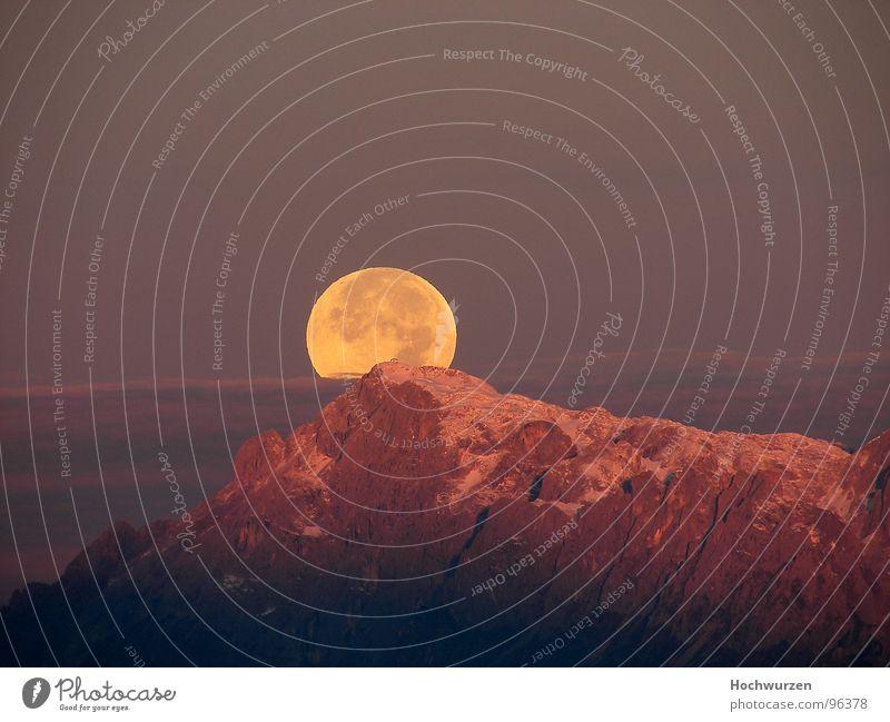 Vollmond Himmel schön Berge u. Gebirge Wetter Romantik rund Gipfel Mond traumhaft Vollmond Salzkammergut Steilwand rotglühend Österreich Klima Mondaufgang