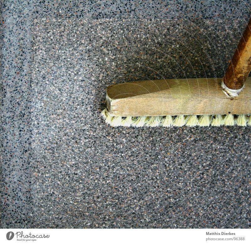 BLANKEBLITZ Arbeit & Erwerbstätigkeit Stil Holz grau Bodenbelag Sauberkeit Reinigen Fliesen u. Kacheln Balkon anstrengen Waffe Haushalt Spalte Fuge parallel Besen