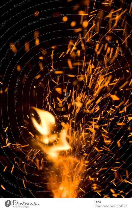 Feuerkraft Wärme Brand heiß brennen Funken