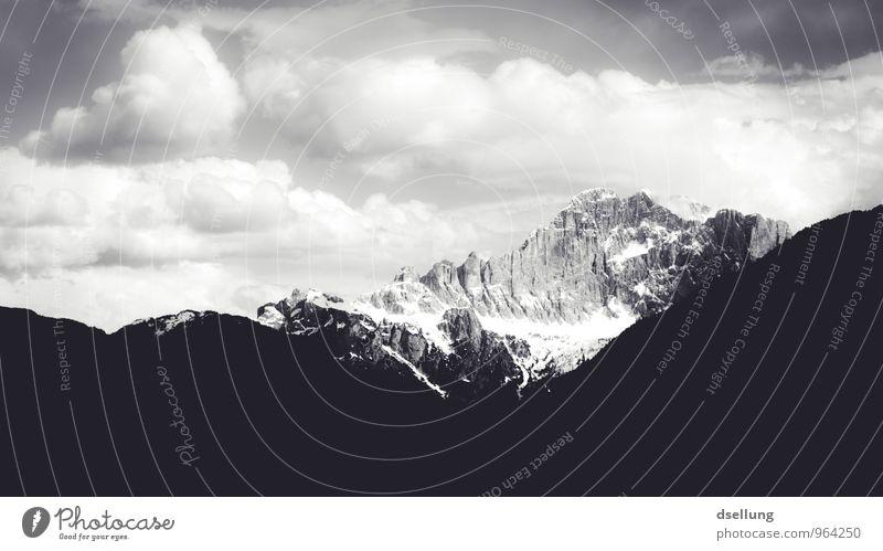 Ausflug ins Graue IV Umwelt Natur Landschaft Himmel Wolken Frühling Sommer Wetter Schönes Wetter Felsen Alpen Berge u. Gebirge Gipfel Schneebedeckte Gipfel