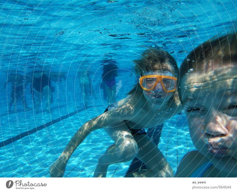 Unterwassergymnastik Mensch Kind Jugendliche blau Farbe Wasser Sommer Mädchen Freude Leben feminin Junge Sport Schwimmen & Baden maskulin orange