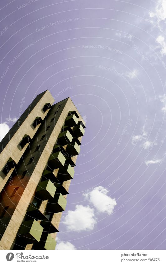 staringintothesun Himmel Haus Berlin Stein Beton Hochhaus Zukunft Balkon Bauwerk Hauptstadt