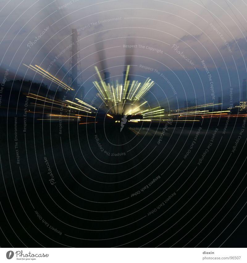 Warp5 blau schwarz Geschwindigkeit außergewöhnlich Industrie Fabrik Hafen Dynamik Abenddämmerung Schornstein Futurismus Industrieanlage Stadtrand Zoomeffekt Hafenstadt Mannheim
