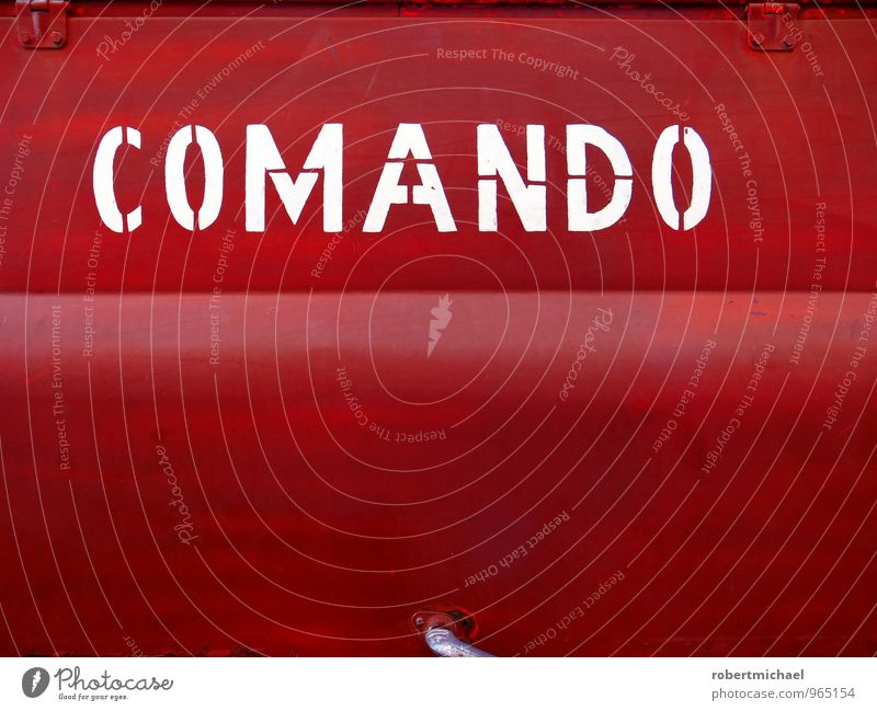 Rotes Comando Fahrzeug Lastwagen Container Metall Zeichen Schriftzeichen Schilder & Markierungen Hinweisschild Warnschild kämpfen rot Feuerwehr Feuerwehrauto
