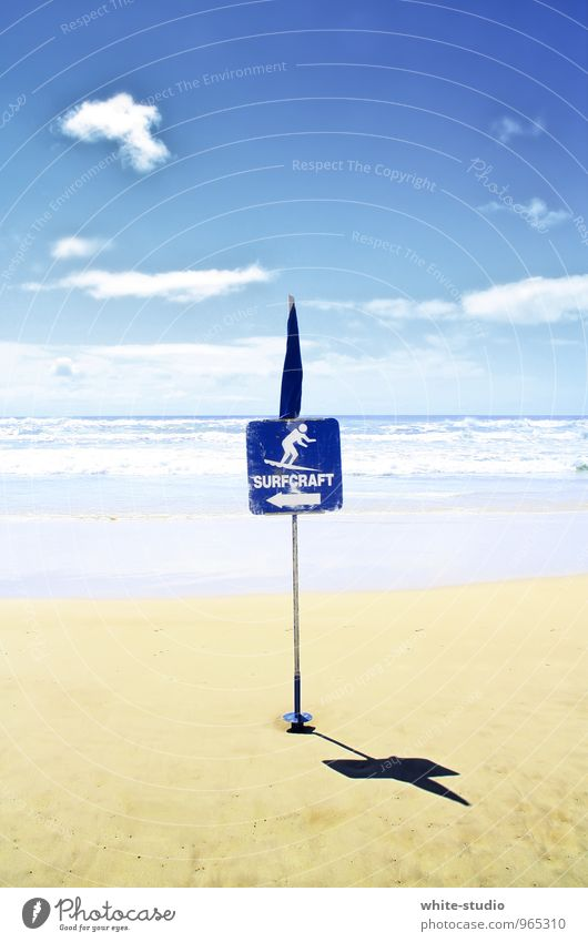 Wo geht's zum surfen? Sand sportlich Surfbrett Surfen Surfschule Surfer Meer Strand Schilder & Markierungen Strandparty Ferien & Urlaub & Reisen sommerlich