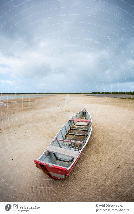 Gestrandet Ferien & Urlaub & Reisen Kreuzfahrt Landschaft Sand Wasser Himmel Wolken Horizont Sturm Küste Meer Insel Wüste Schifffahrt Fischerboot Segelboot