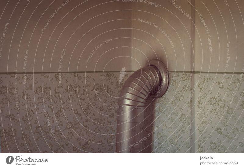 Bin dann ma ums Eck Tapete Dreißiger Jahre Holz vergangen Wohnzimmer Küche grün Haus Altbau Vergänglichkeit alt Heizkörper Aus Ende jomam Röhren
