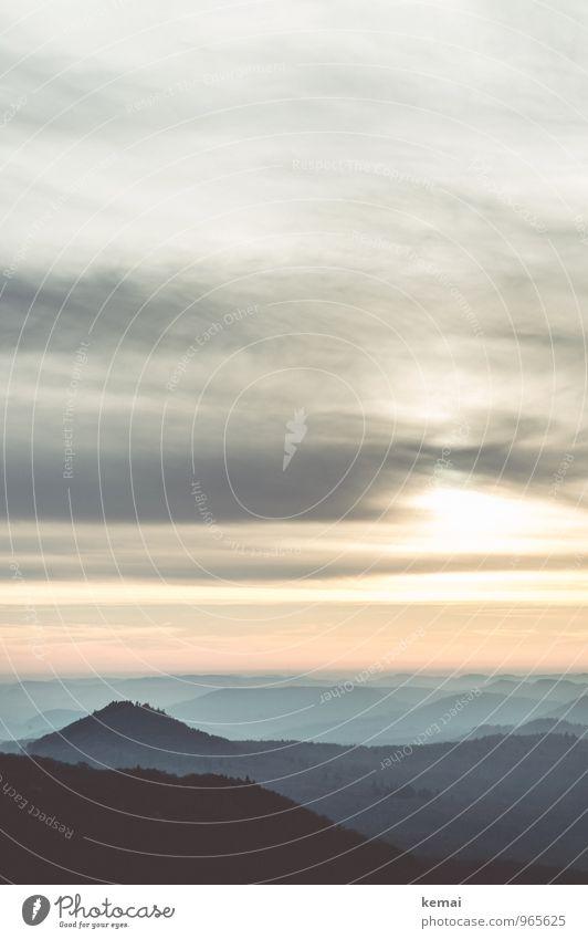 Südpfalz   Kegel Natur Himmel Wolken Sonnenaufgang Sonnenuntergang Sonnenlicht Herbst Nebel Wald Hügel dunkel hoch Ferne Rheinland-Pfalz Pfälzerwald Farbfoto