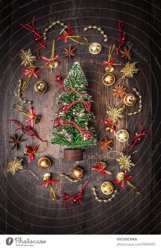 Deko Weihnachtsbaum und Glocken dekorations Natur Weihnachten & Advent Winter dunkel Innenarchitektur Hintergrundbild Holz Wohnung Design