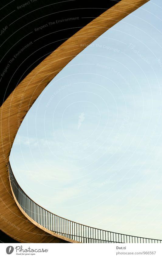 Böjelsche Himmel Bauwerk Verkehrswege Fußgänger Brücke Beton rund ästhetisch Fußgängerbrücke Rampe Brückengeländer schwungvoll Wendeltreppe Auffahrt gekrümmt