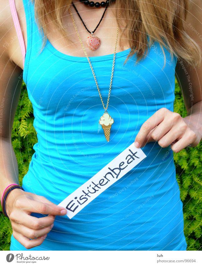 Kennst du den Eistuetenbeat? Frau blau Haare & Frisuren Musik lesen T-Shirt Information zeigen Top Kette Zettel Schnellzug Takt Rhythmus
