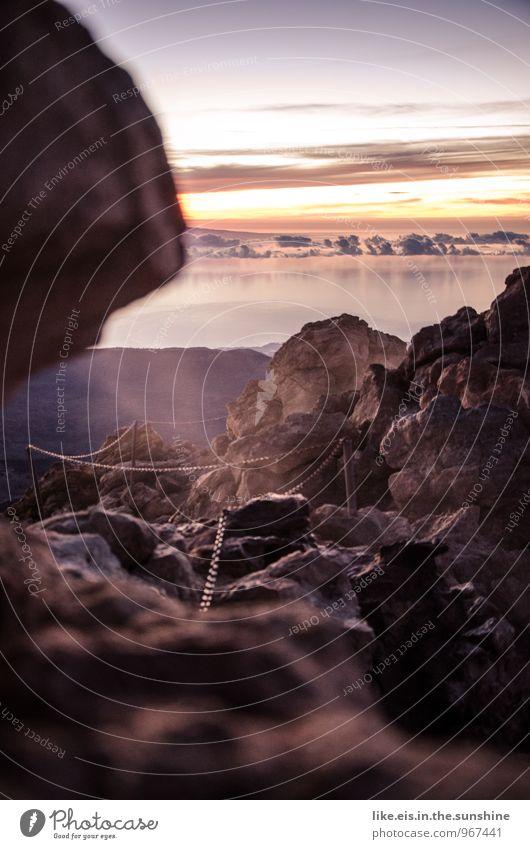 oben auf dem vulkan Umwelt Natur Landschaft Ferne Teneriffa Vulkan wandern Bergsteigen Wege & Pfade Meer Aussicht Felsen Farbfoto