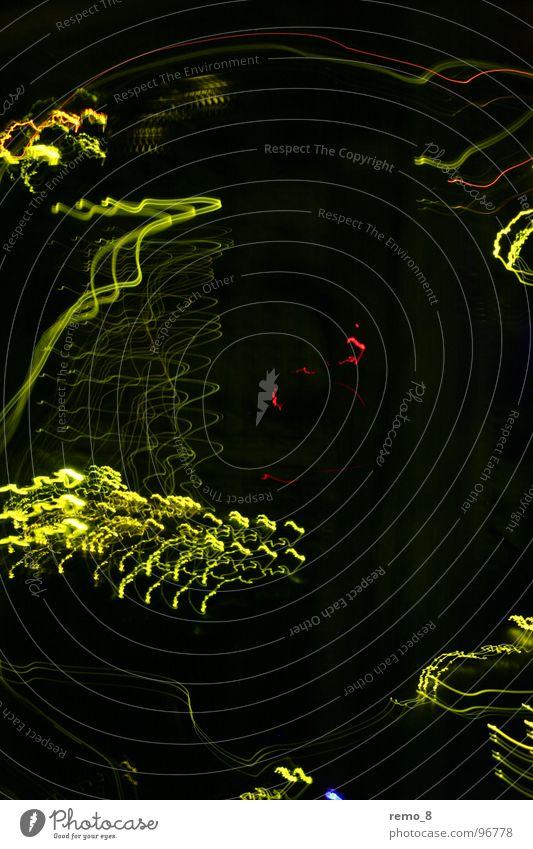 IT Gluewuermchen dunkel Bewegung Kunst modern Elektrizität Medien Dynamik Informationstechnologie Neonlicht Erkenntnis grell Labor Kammer Fotolabor